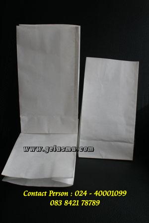 paper-bag-anti-minyak-ukuran-24x13x7.7cm-polos