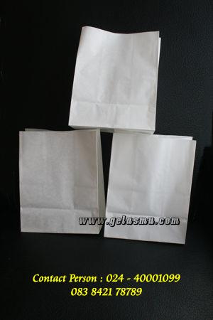 paper-bag-anti-minyak-ukuran-D-PB03-17.5x13x7.7cm-polos